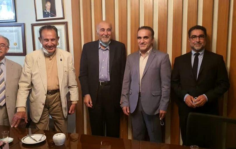 دیدار صمیمانه دکتر رئیس زاده با رییس، نایب رئیس و دبیر جامعه جراحان کشور/ تأکید بر صیانت از دستاوردهای جامعه پزشکی کشور