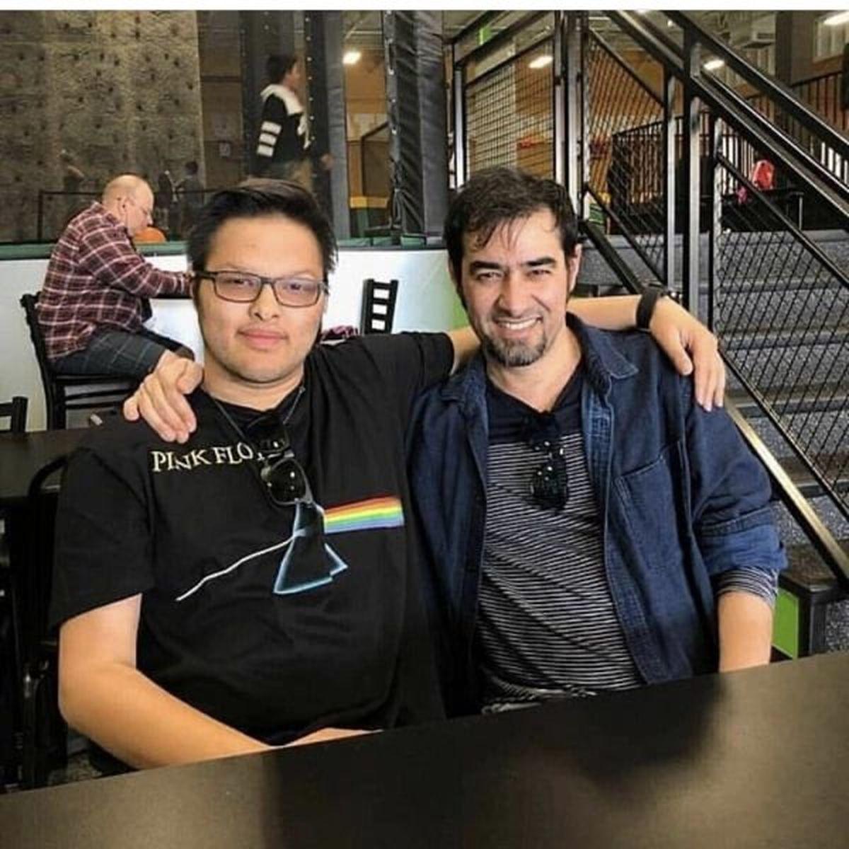 شهاب حسینی و پسرش در رستوران+ عکس
