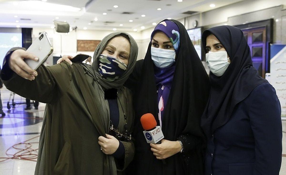 لباس ناجور و یقه باز بهنوش بختیاری+عکس