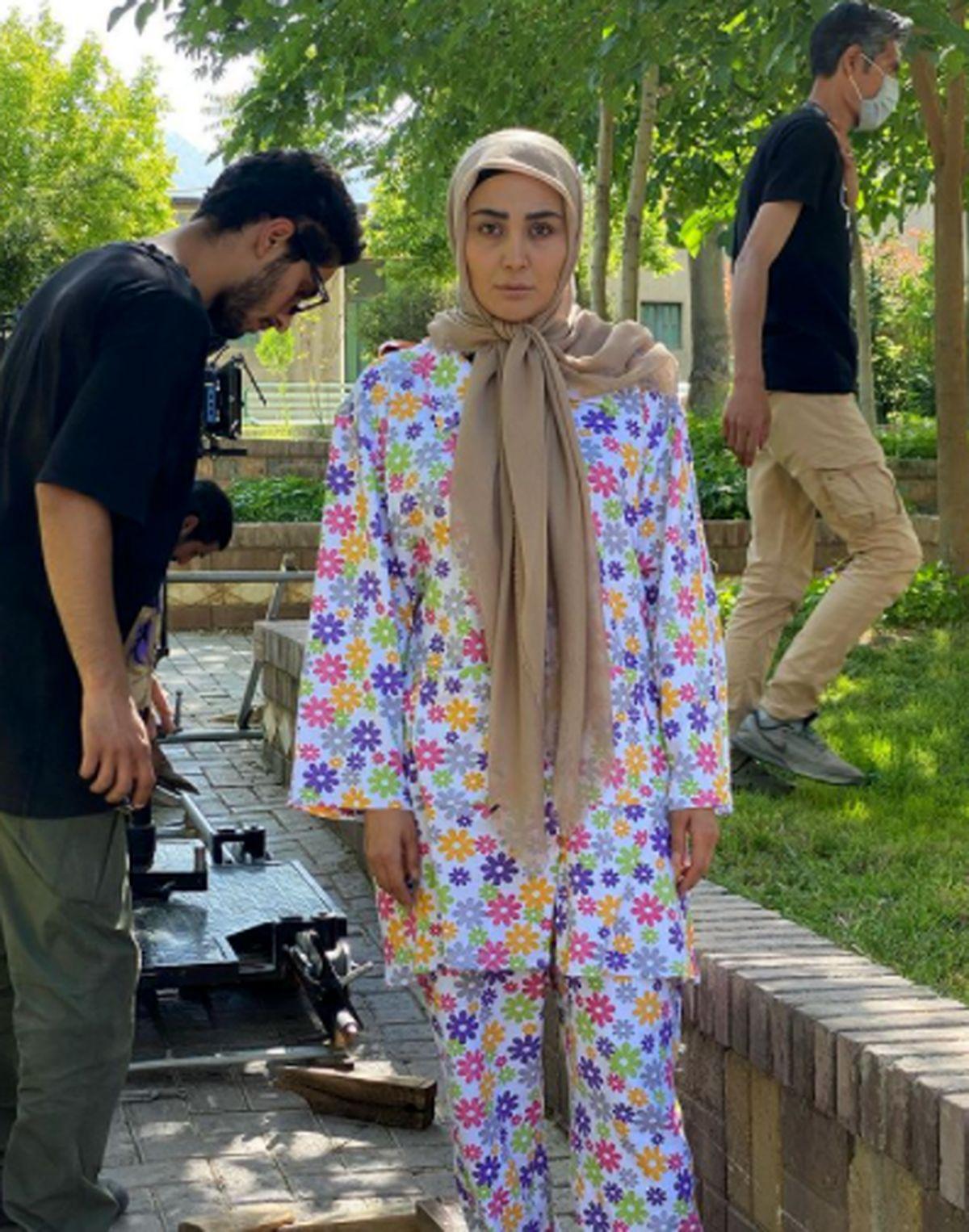 مریم معصومی با لباس خواب گل گلی+عکس