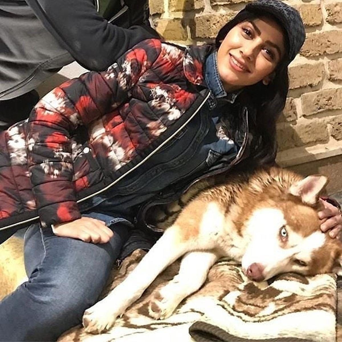 سگ وحشتناک و عجیب مونا فرجاد + عکس