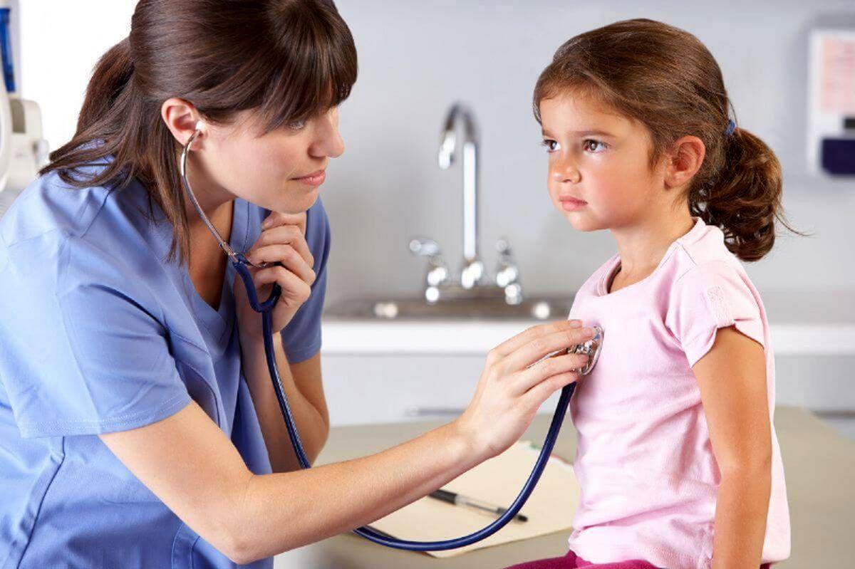 چگونه خردسالان را برای رفتن به مطب پزشک آماده کنیم؟