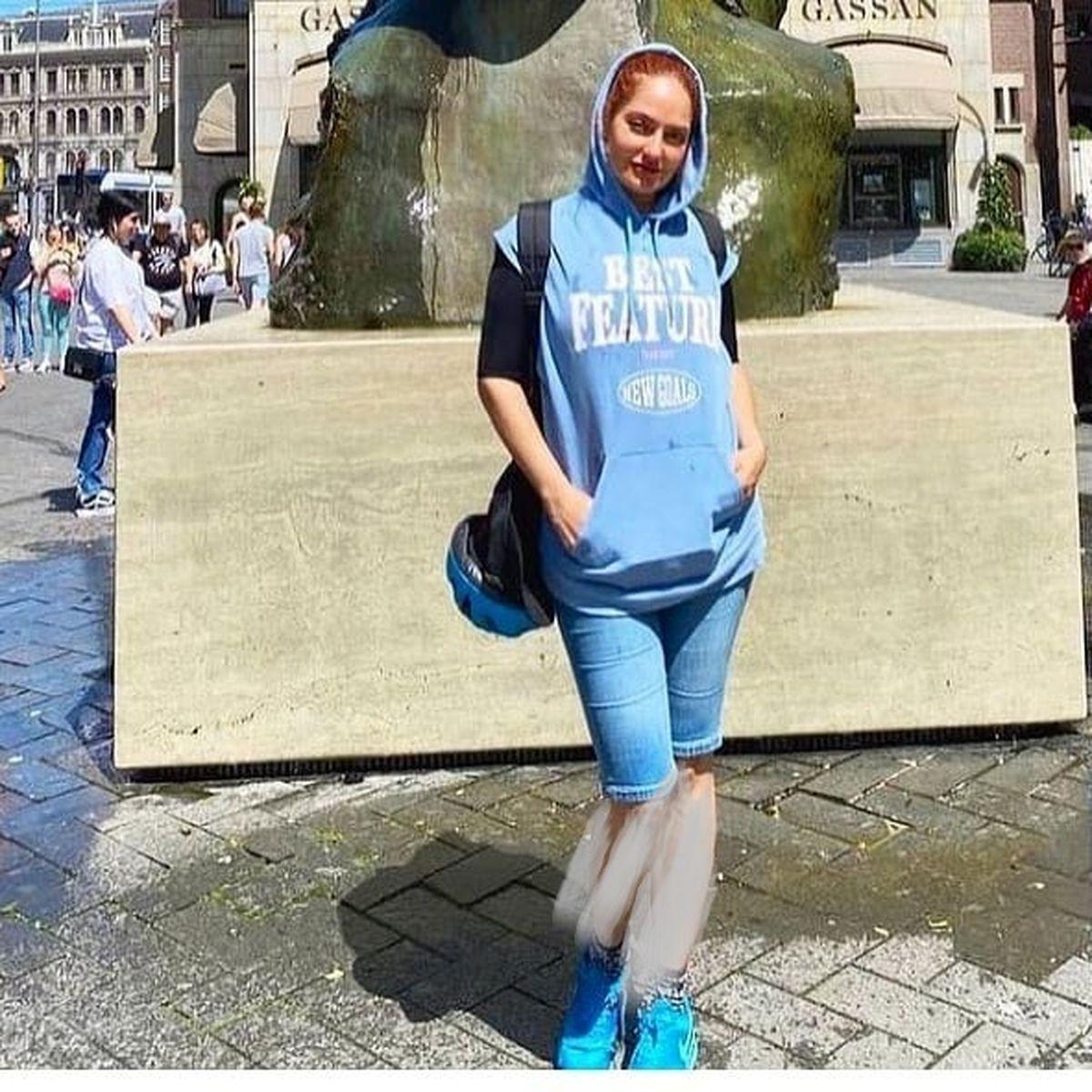 عکس جدید مهنار افشار با شلوارک و پاهای برهنه !