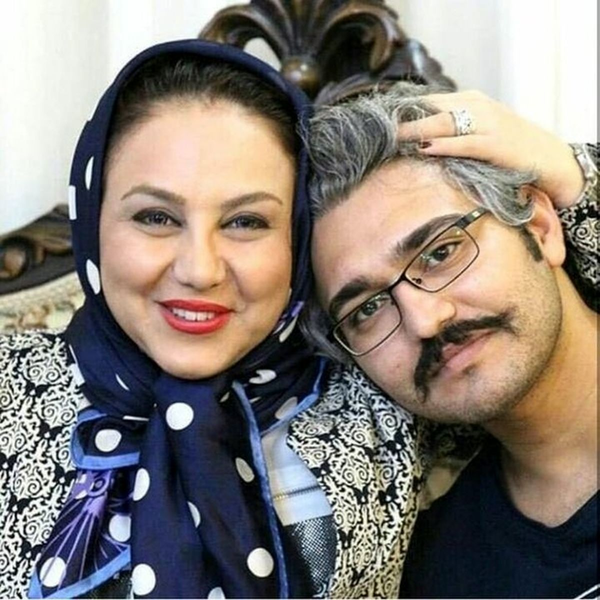 همسر بهنوش بختیاری در آغوشش + عکس