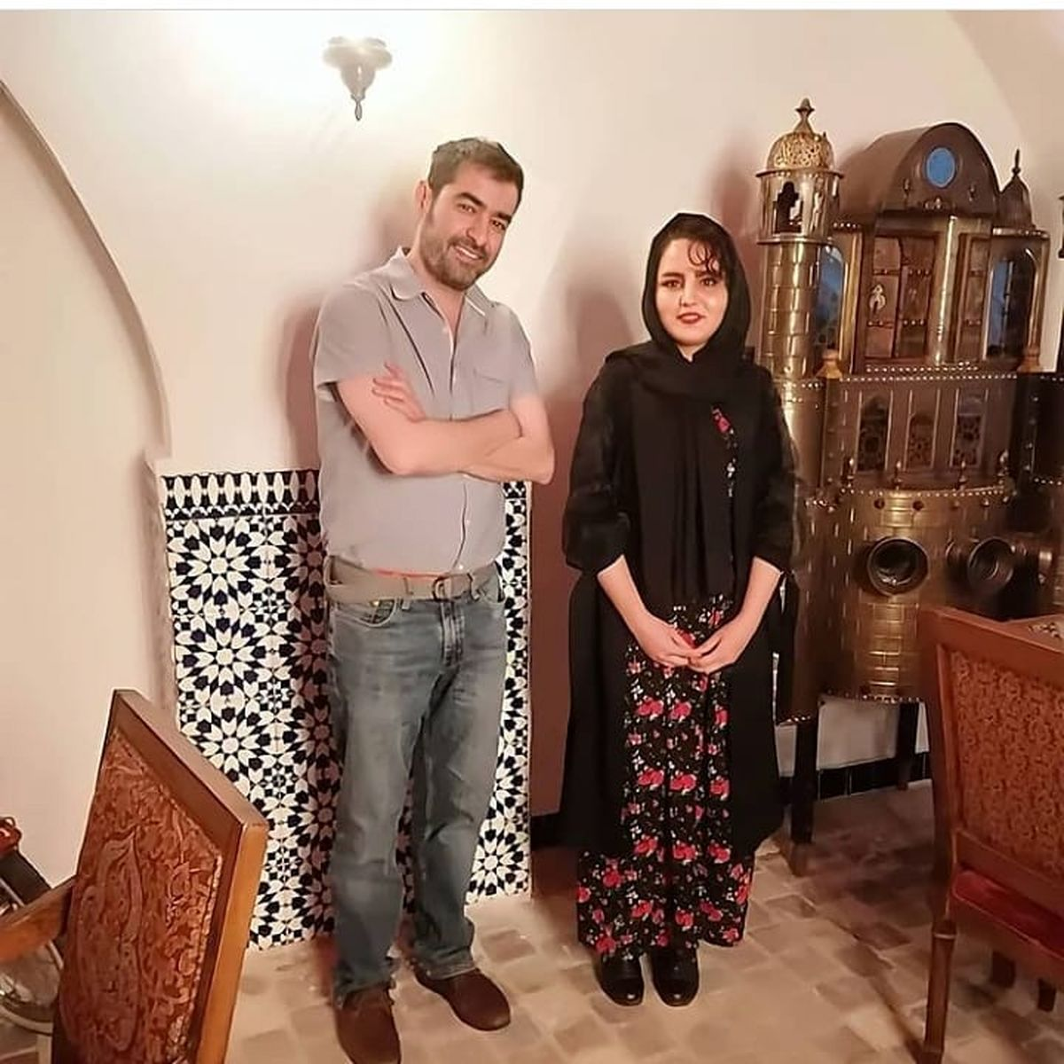 شهاب حسینی در یک رستوران و با یک زن !+عکس