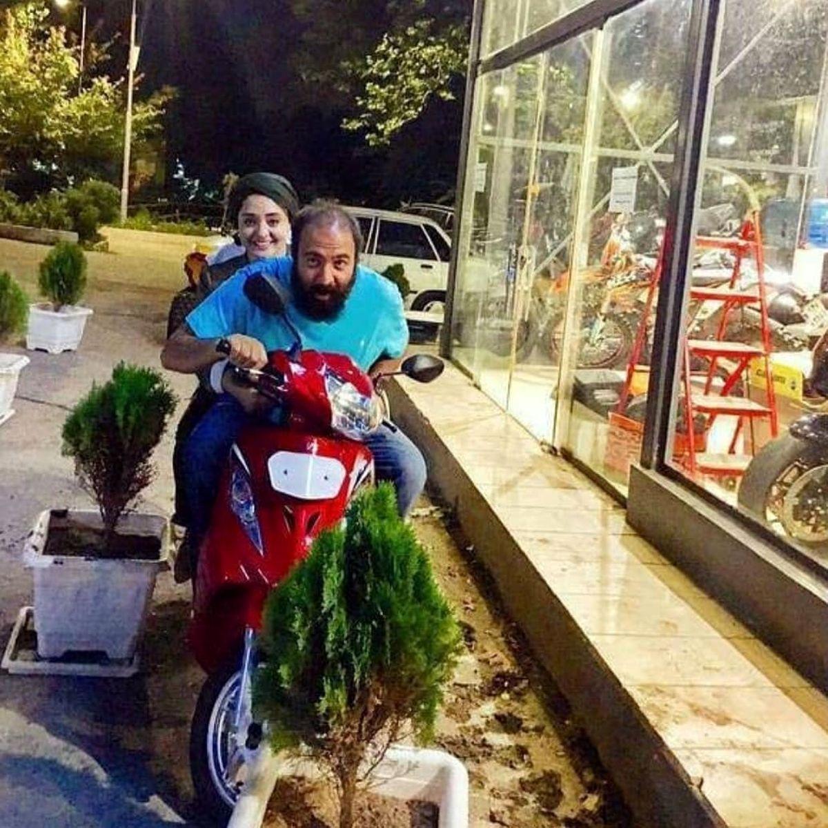 موتورسواری نرگس محمدی بدون حجاب در خیابان + عکس