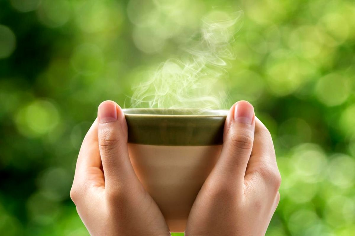 با نوشیدن آب داغ این 8 تغییر را احساس کنید