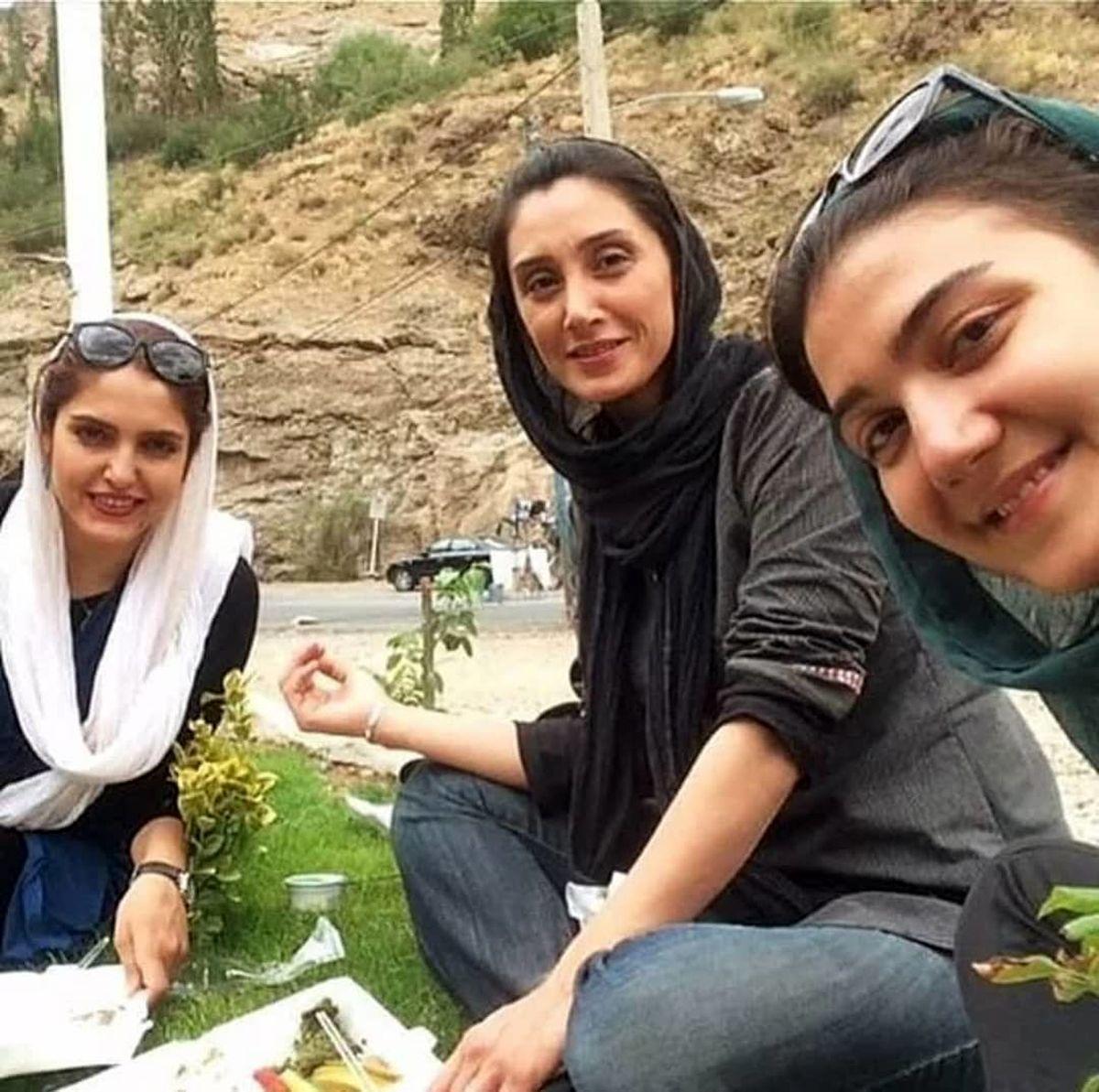 هدیه تهرانی در پارک دست های خود را عریان کرد+ عکس