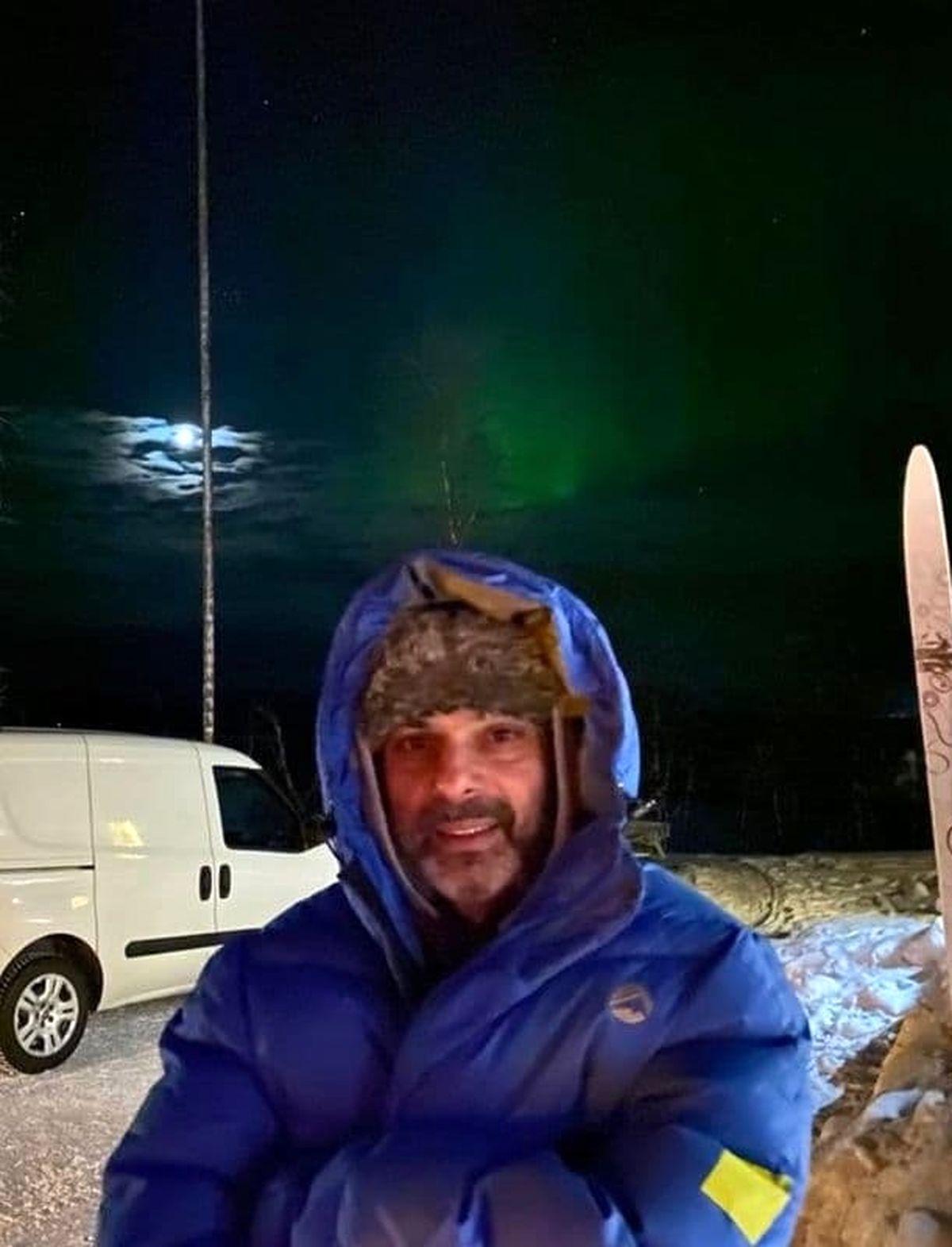 گشت و گذار عجیب پیمان معادی در قطب شمال+عکس
