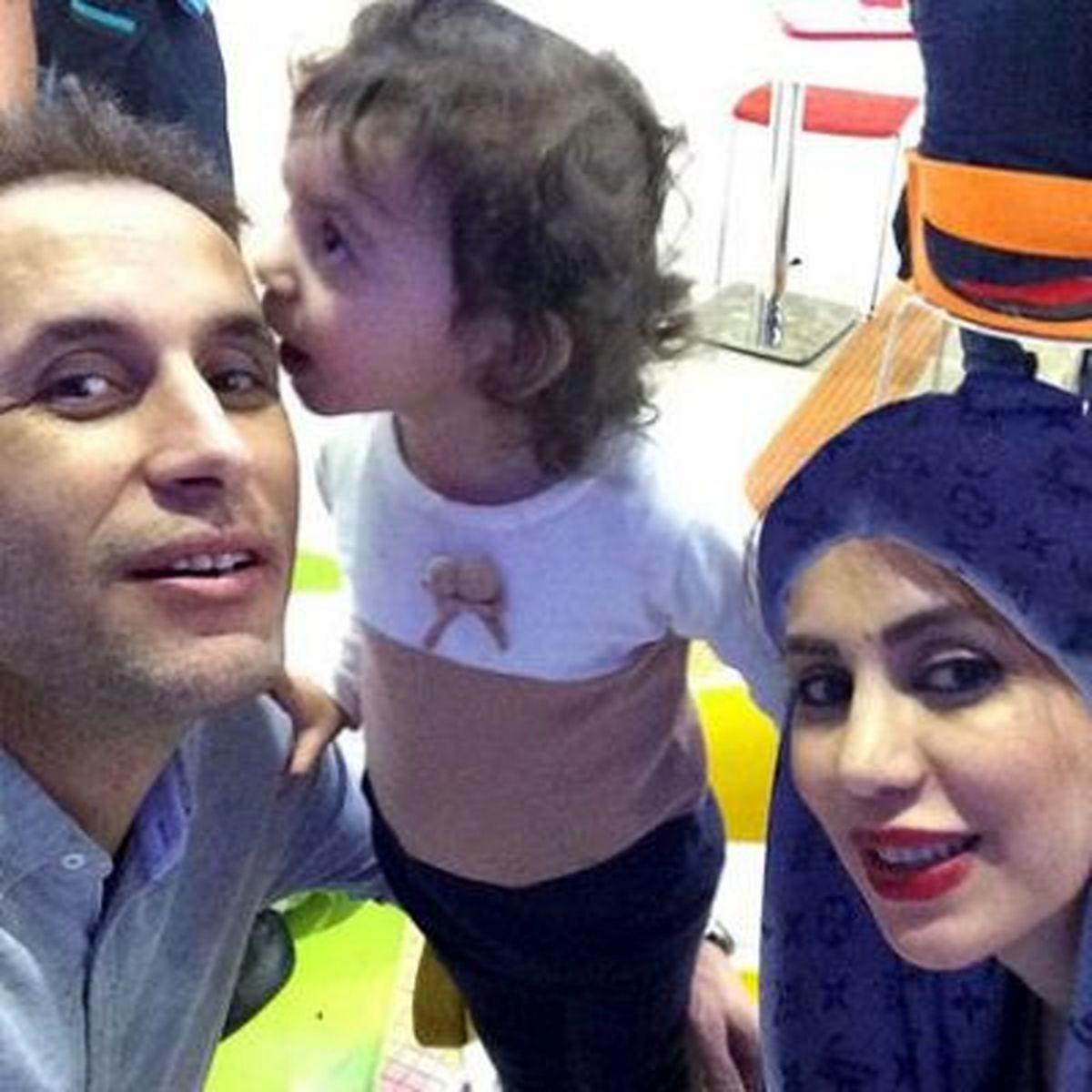 عکس جنجالی یحیی گل محمدی کنار همسرش + عکس