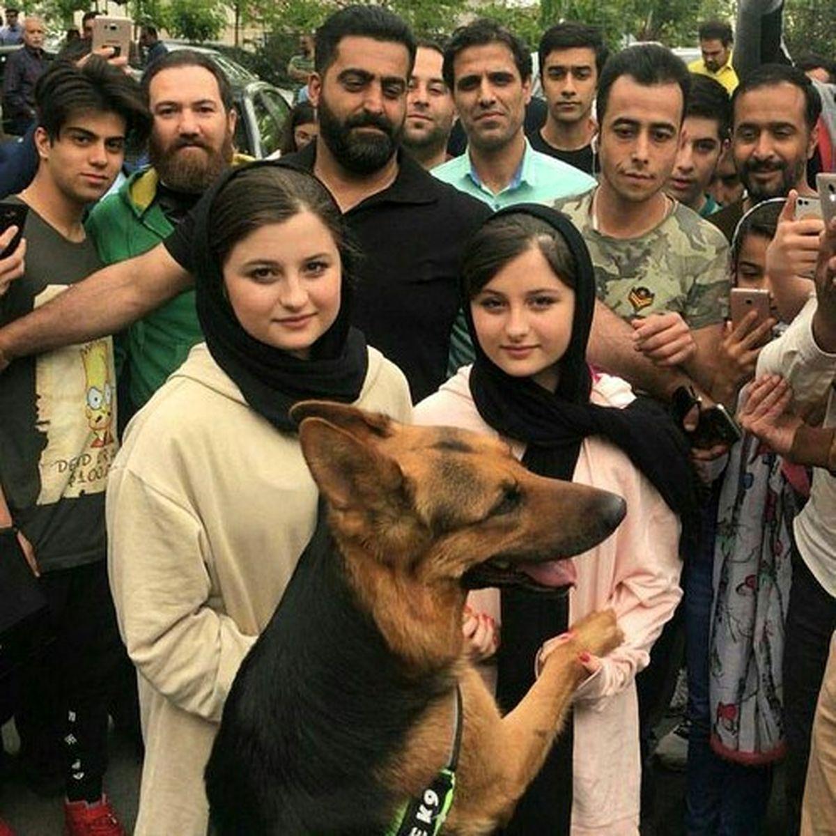 سارا و نیکا با سگی غول پیکر در میان طرفداران مرد ! +عکس