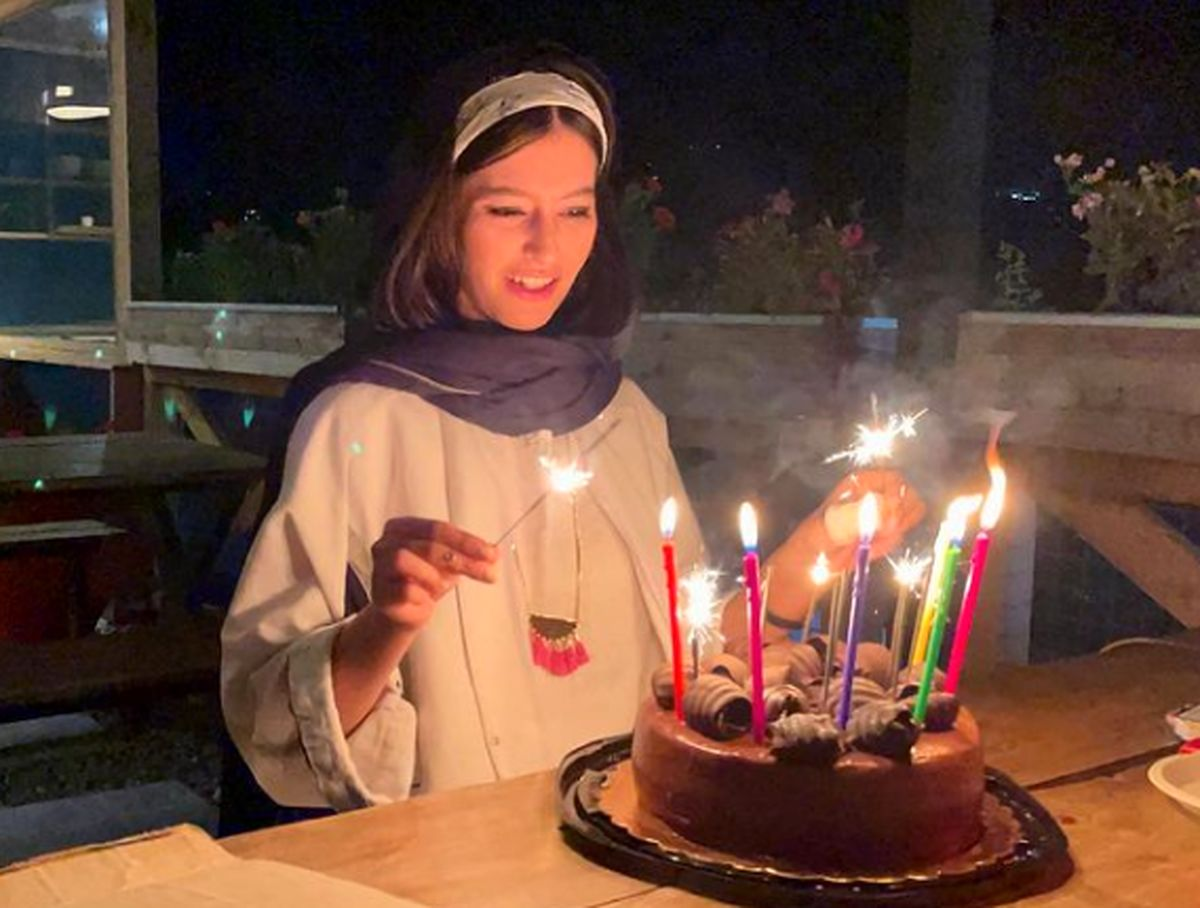 جشن تولد پردیس احمدیه در کافی شاپ /عکس
