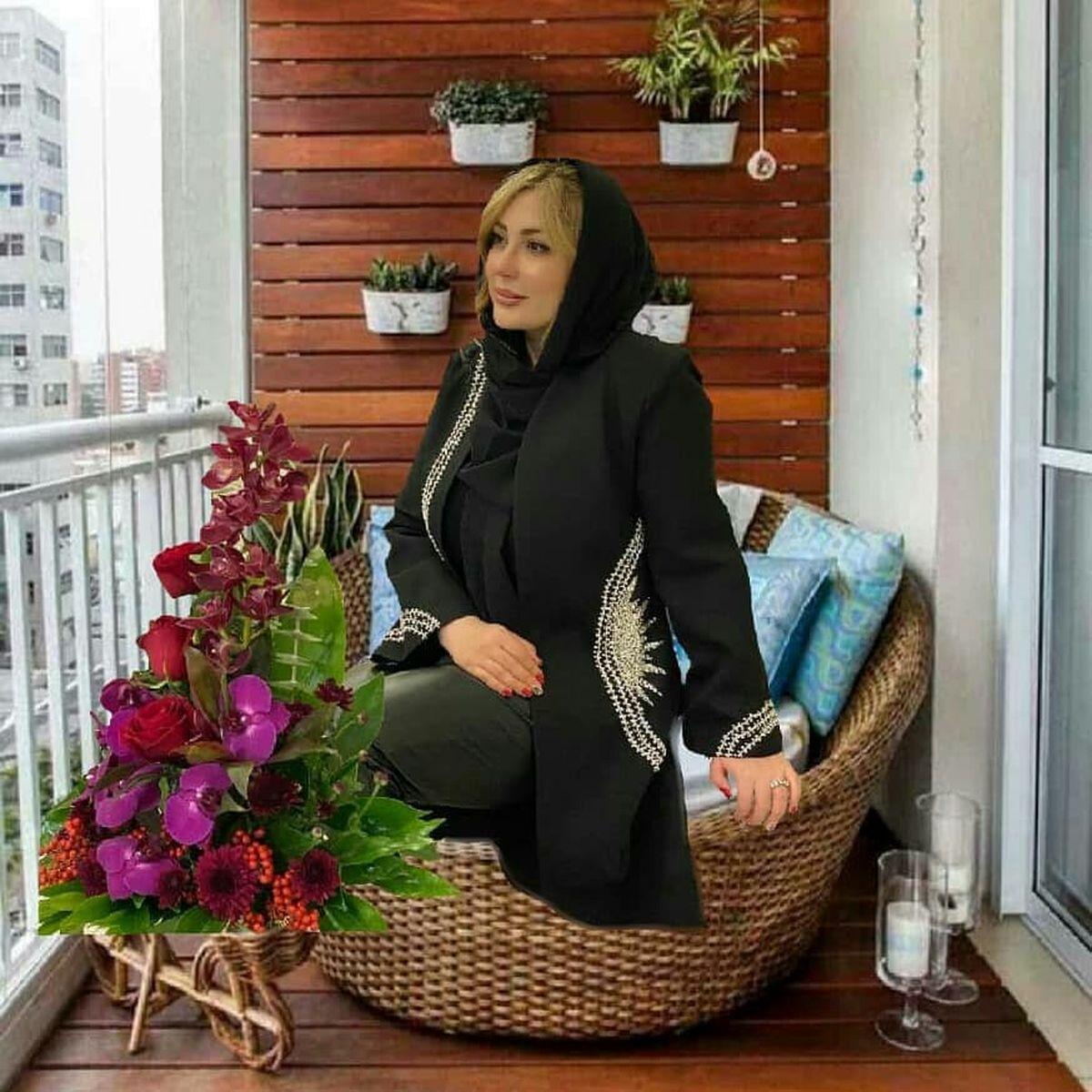 نیوشا ضیغمی در بالکن خانه ای لوکس +عکس