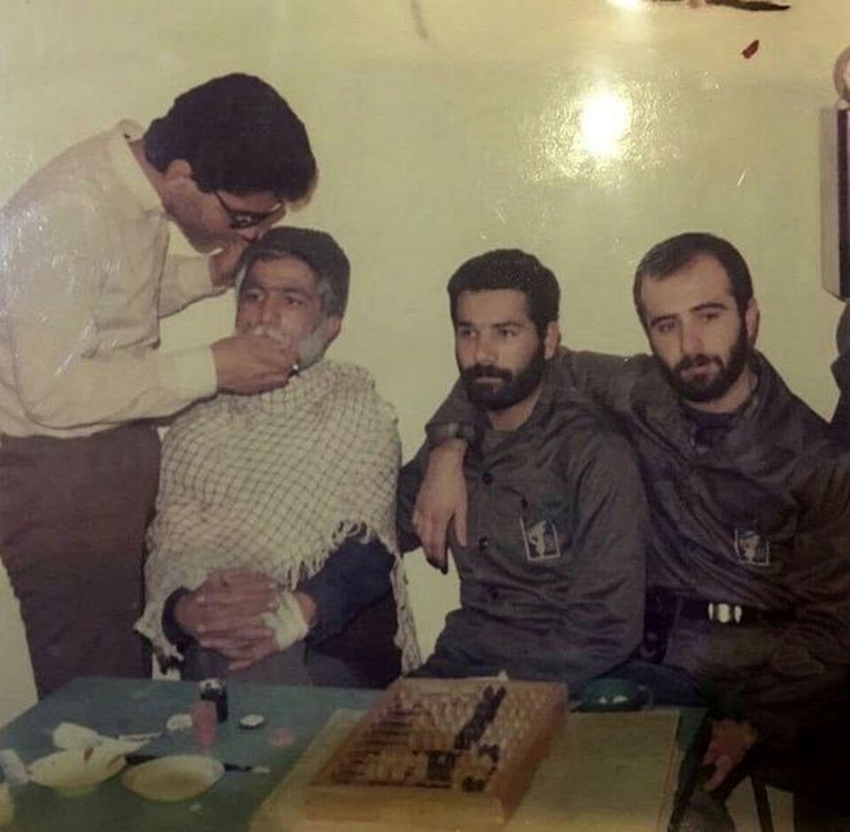 شغل مهران مدیری قبل از شهرت! + عکس